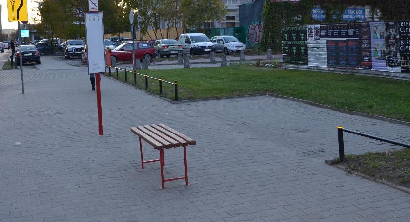 Komunikacja, przystanek autobusowy Lazurowej - zdjęcie, fotografia